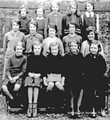 1930s Rhu Primary School girls