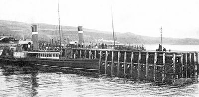 Steamers at Craigendoran