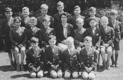 Larchfield class